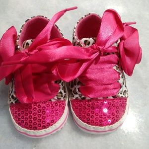 Other - Baby soft sole shoes